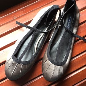 American eagle outfitters T- strap Mary Jane flats